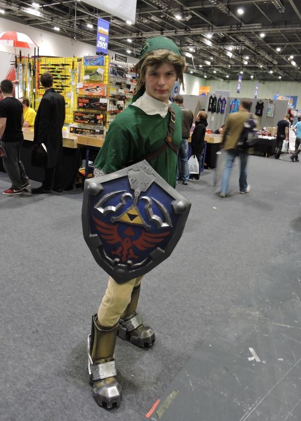 London Comic Con October 2014 Day 1 18-3 Link Zelda Cosplay Nintendo