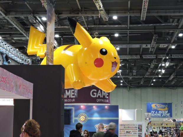 London Comic Con October 2014 Day 1 63 Pikachu Balloon Pokemon Anime